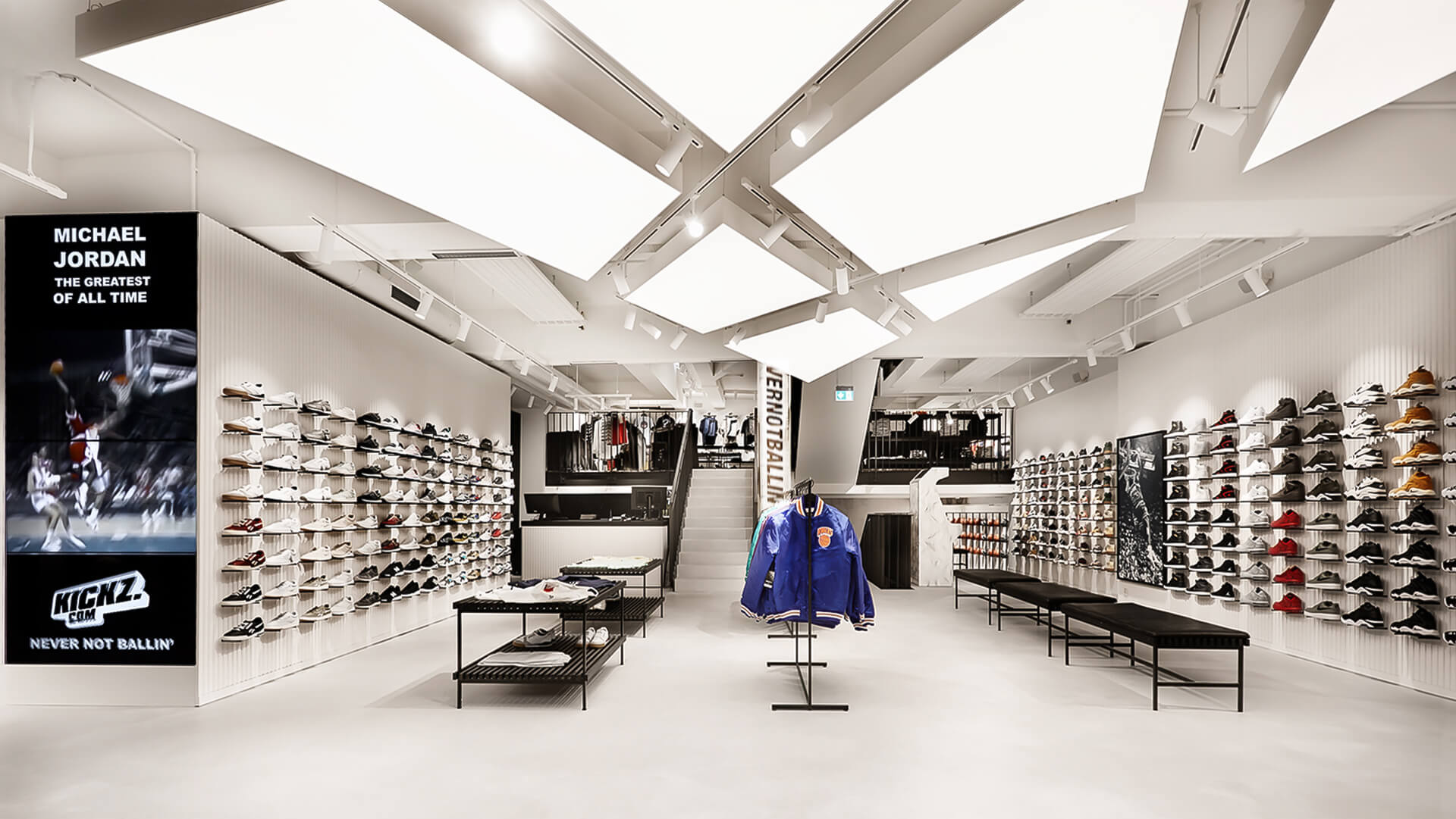 KICKZ Never not Ballin, Retail Design, Store Design, Hamburg, Retail Concept, Laden Konzept, Store Concept, Sneaker Store, Basketball Sneaker, Cool Store, Slick Architecture, Black and White Architecture, Innenarchitektur, Ladenbau, Interior Design, Turnschuh Laden, Zalando, 2018